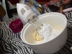 the one i used here is     1 stick butter   16 oz powder sugar   3 tbls milk   2 tea van    dino cake    http://www.youtube.com/watch?v=5rK5LI6EO3g