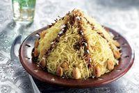 Nos meilleures recettes orientales pour le rambonpour ramadan.....adan - L'Express Cas, Middle Eastern Recipes, Japchae, Cabbage, Spaghetti, Cooking Recipes, Snacks, Vegetables, Sweet