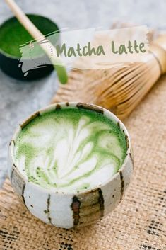 Matcha latte is such a relaxing drink at any time. Matcha green tea latte can be made easily at home with right equipments and method. Matcha Green Tea Latte, Matcha Green Tea Powder, Tea Recipes, Asian Recipes, Cooking Recipes, Asian Foods, Shake Recipes, Cocktail Recipes, Recipies