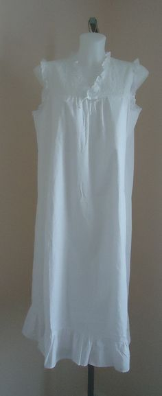 Vintage 1970s Fancee Free White Cotton Nightgown on Etsy, $71.02 CAD