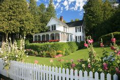 A cottage on Mackinac Island