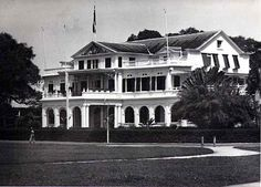 Paramaribo, Government House, 1955 - Presidentieel paleis van de Republiek Suriname - Wikipedia