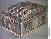 "The silver ""casket"" that is said to have contained Mary Queen of Scots' treasonous letters Tudor History Major, American History Lessons, Uk History, Tudor History, History Memes, British History, Reign Mary, Mary Queen Of Scots, Mary Of Guise"