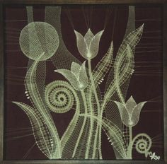 marie poludová - Hledat Googlem Bobbin Lace Patterns, Crochet Flower Patterns, Crochet Flowers, Lacemaking, Lace Heart, Lace Jewelry, Linens And Lace, Lace Flowers, Irish Crochet