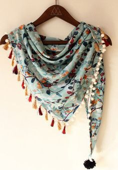 Mesmora triangular warm winter stoles with digital print at wholesale rate seller Office Wear Dresses, Prom Dresses, Scarf Display, Embroidery Scarf, Diy Scarf, Scarf Ideas, Pakistani Fashion Casual, Unique Gifts For Women, Scarf Design