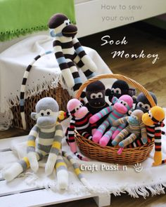 Cute and cuddly sock monkeys are yours for the sewing! You'll find an awesome tutorial over at Craft Passion! Supplies: Sock (crew length), 1 pair White felt Button eye 7/16″ [11.5mm], black, 2 (fo...
