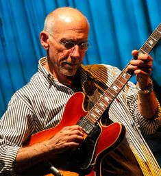 Larry Carlton at Bluenote in Japan
