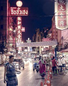 La dame au sari sur Yaowarat road - Quartier chinois de Bangkok, Thailande