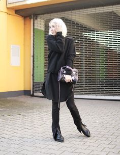 Weekday Coat, Falabella, All Black Designers Remix, Edited, Acne, Bibi Lou, Flared, Minimal, Design, ootd, Outfit, lotd, Look, Streetstyle, Autumn, Fall, Fashion, Blog, stryleTZ
