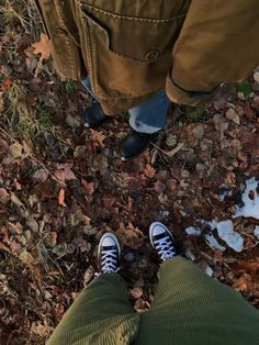 Definition Of Aesthetic, Selfies, Nature Witch, Season Of The Witch, Autumn Aesthetic, Best Seasons, Hiking Boots, Fall Season, We Fall In Love