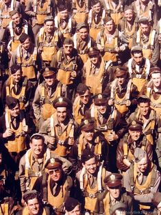 World War II USAAF aircrews. Pilots, navigators, bombardiers, gunners and radio operators at an 8th Air Force base somewhere in England. Air Force Bases, Military History, Ww2 History, Armed Forces, World War Ii, Ww2 Pictures, Color Pictures, Free Pictures, Us Army
