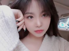 Find images and videos about kpop, girls and gidle on We Heart It - the app to get lost in what you love. Korean Girl Short Hair, Korean Girl Cute, Korean Girl Ulzzang, Pretty Korean Girls, Korean Beauty Girls, Asian Girl, Kpop Girl Groups, Kpop Girls, Extended Play