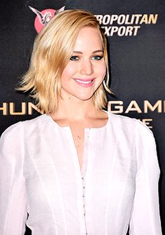 Jennifer Lawrence attends the The Hunger Games: Mockingjay Part 2 Photocall at Plazza Athenee on November 9, 2015 in Paris, France.