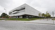 Galeria de I3S - Instituto de Inovação e Investigação em Saúde / Serônio Furtado Associados - 1