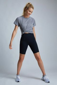 Rush biker short in) cycling shorts, long a line, sporty, style inspirat Outfits Spring, Winter Outfits, Summer Shorts Outfits, Sporty Outfits, Athletic Outfits, Gym Outfits, Fitness Outfits, Fashion Outfits, Running Outfits