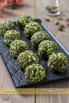 Great Desserts, Mini Desserts, Sweets Recipes, Candy Recipes, Healthy Bars, Albondigas, Food Obsession, Weird Food, Christmas Baking