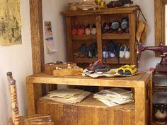 Mostrador Shoe Rack, Shoes, Counter, Studio, Zapatos, Shoes Outlet, Footwear, Shoe, Shoe Shelve