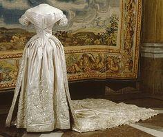 wedding dress, slip  SHORT DESCRIPTION  Trailer.  NAME  Owner :Lovisa of Sweden (1828-1871)  Donors :Charles XV of Sweden-Norway  DATING  1850-06-19