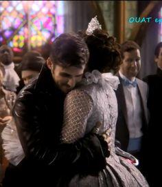 They hugged!!!!!!