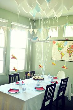 1000 images about paper airplane party on pinterest for Airplane decoration ideas