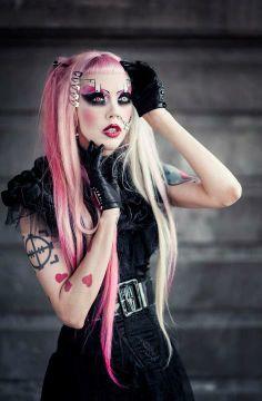 Gothic Alternative Fashion. Adora BatBrat