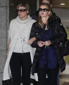 Princesses Laurentien en Mabel after a visit in the hospital to Prince Friso, february 2012 Royal Brides, Royal Weddings, King Of Netherlands, Dutch Princess, Funeral Memorial, Dutch Royalty, Three Daughters, Sister In Law, Queen Maxima