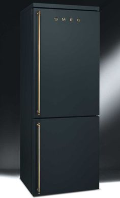 life1nmotion: Now this is one sexy refrigerator