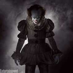 Pennywise the Clown's eerie costume from Stephen King's #ITmovie is HERE. Just imagine this staring at you from inside the concrete chamber of a storm drain.  The Emmy-winning costume designer Janie Bryant crafted this form-fitting suit that draws upon the bygone Medieval, Renaissance, Elizabethan, and Victorian eras. Click the link in our bio to read all about this eerie masterpiece. : @wbpictures