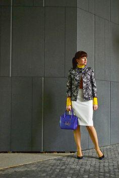 AKO MI VIZITKA OD ADVERTI ZACHRÁNILA SITUÁCIU_Katharine-fashion is beautiful_Žltý rolák_Fialová kabelka_Vizitky Adverti_Katarína Jakubčová_Fashion blogger #fetishpantyhose #pantyhosefetish #legs #heels #blogger #stiletto#pantyhose #tan