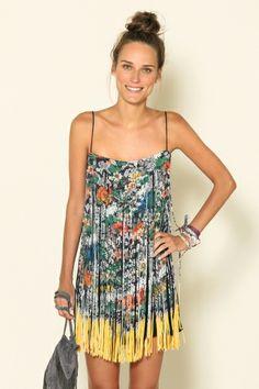 vestido corte a laser liliana