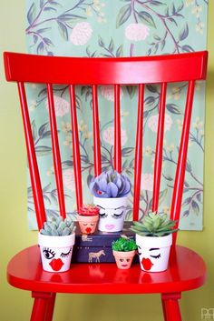 Make these cute little succulent planters using vinyl scraps and your cutting machine.