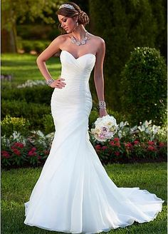 Elegant Organza Satin Sweetheart Neckline Natural Waistline Mermaid Wedding Dress