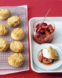 strawberry shortcake - Martha Stewart - 3-31-13