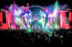 Life in color Miami. Rave party with edm music and paint