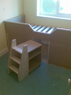 Built-in Childrens Cabin Bed with Drawers, Guildford, Surrey The small bookcase and ladder on castors Girls Cabin Bed, Childrens Cabin Beds, Small Childrens Bedroom Ideas, Cabin Beds For Kids, Bulkhead Bedroom, Stairs Bulkhead, Boys Box Room Ideas, Stair Box In Bedroom, Box Room Beds