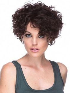 H Cascade peruca - # peruca - Curly Bob ( und kürzer) Frisuren - Cabelo Curly Hair With Bangs, Haircuts For Curly Hair, Curly Hair Cuts, Short Curly Hair, Hairstyles With Bangs, Short Hair Cuts, Curly Hair Styles, Medium Curly, Pixie Haircut
