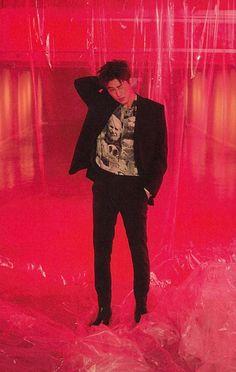 """러버블 on Twitter: """"뉴키즈 리팩 RED VER #한빈… """" Yg Trainee, Ikon Wallpaper, Double B, Kim Hanbin, Kim Dong, Boys Like, Yg Entertainment, One And Only, South Korean Boy Band"""