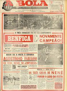 """O Jornal """"A Bola"""" noticiava o penúltimo tricampeonato do Benfica, a três jornadas do fim da época 1976/77."""