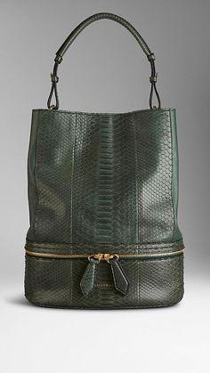 Medium Python Bucket Bag   Burberry Sac Seau, Sac Cuir, Sac À Main, 826dcb8ba77