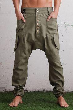 Unique drop crotch pants & drop crotch capris, Hooded capes & Vests, Hooded shirts & T-shits. Drop Crotch Pants Men, Pantalon Thai, Pantalon Cargo, Mode Masculine, Harem Pants Men, Women Pants, Trousers, Cargo Pants, Men's Denim