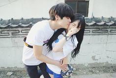 #asian #boy #couple #cute #girl #grunge #hipster #korean #love #pale #pastel #ulzzang #vintage awwh