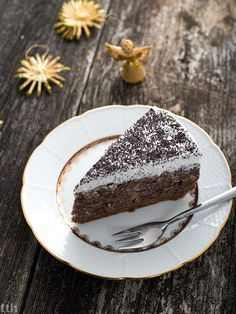 Poppyseed cake with chia. Raw Cake, Vegan Cake, Vegan Desserts, Poppy Seed Cake, Gluten Free Cakes, Cakes And More, Vegan Friendly, Sugar Free, Pudding