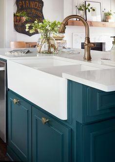 Episode 08 - The Plain Jane House - Magnolia Market Colorful Kitchen Decor, Kitchen Colors, Home Decor Kitchen, New Kitchen, Kitchen Design, Kitchen Ideas, Kitchen Decorations, Awesome Kitchen, Farmhouse Style Kitchen