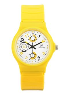 Fr136 Watches in yellow by Fortuner. Analog watch made of rubber material. This rubber watch is perfect for you if you just want to hang out. Water resistant. http://www.zocko.com/z/JFz2h