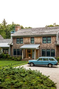 You'll Find Plenty of Beach House Ideas in this East Hampton Home - DIY Hamptons House, The Hamptons, Decorative Fountains, Pink Sofa, Texture Photography, East Hampton, Pool Houses, Farm Houses, Warm Colors