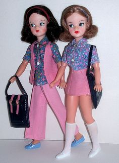 Vintage Sindy or Tammy, depending whether produced for US or Great Britain.