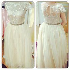 Rochie din dantela si tulle ivoire. Urban princess Prom Dresses, Formal Dresses, Wedding Dresses, Lace Wedding, Tulle, Urban, Princess, Fashion, Formal Gowns