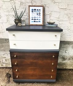 Love the fresh look Bee's Knees gave this MCM dresser! General Finishes Queenstown Gray and Antique White Milk Paint were used for the painted areas, whereas the bottom drawers were stained with Antique Walnut Gel Stain.
