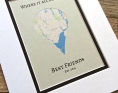 Das perfekte beste Freundin Geschenk für so viele Gelegenheiten; ein Geburtstagsgeschenk, Graduierung Geschenk, Housewarming Geschenk oder gehen away Geschenk, ein nur-weil Geschenk oder nur für personalisierte Dekoration im eigenen Heim. Diese schöne Karte Kunst kann vorgenommen werden, an jedem Ort der Welt verfügen. Wir haben eine riesige Ressource für Karten, sogar kleine Städte kein Problem in den meisten Fällen sind zu verwenden…