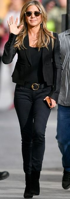 Who made Jennifer Aniston's tan sunglasses, gold jewelry, tank top, suede ankle boots, and black handbag? Jennifer Hudson, Jennifer Connelly, Kate Hudson, Jennifer Aniston, Jennifer Garner Style, Kate Winslet, Kate Beckinsale, Marisa Miller, Fashion Dictionary